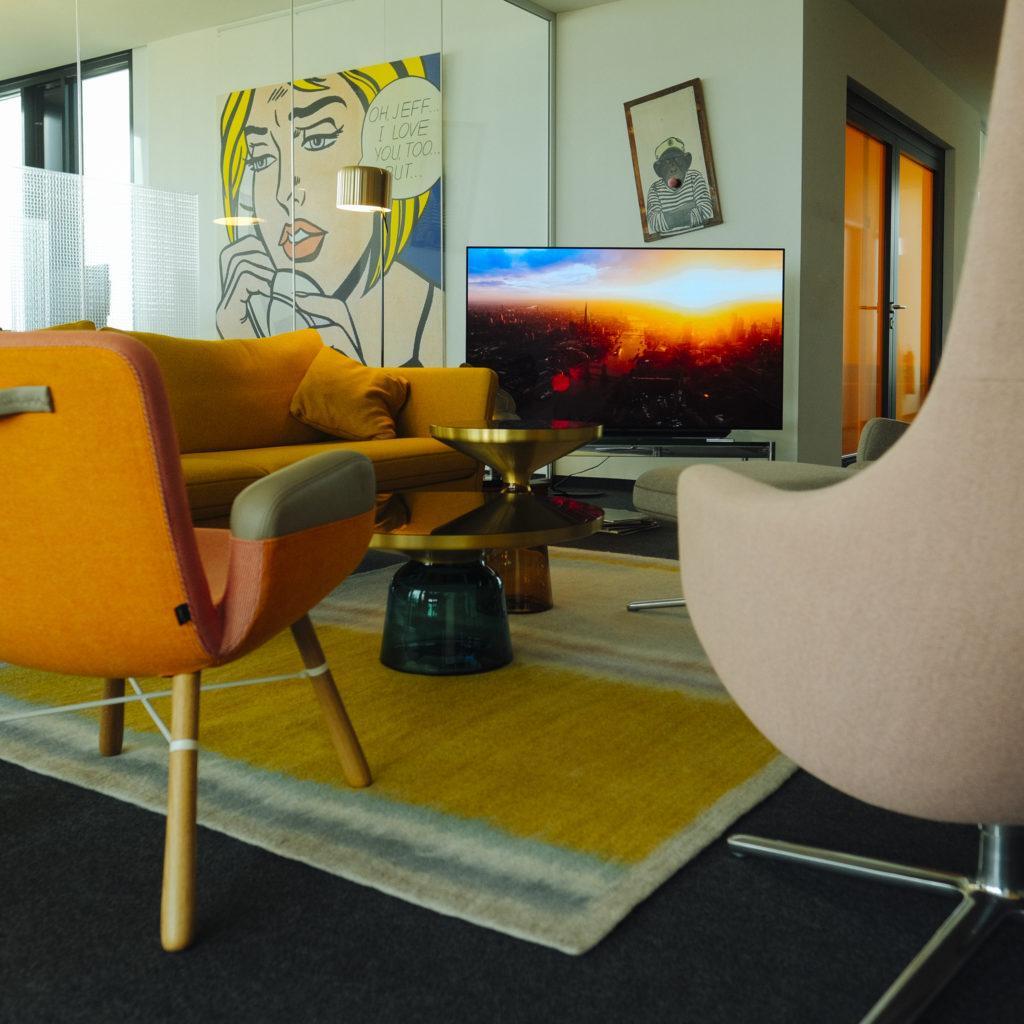 ILI.DIGITAL Modern Meeting Room